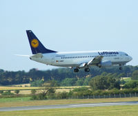 """D-ABEP @ EGPH - """"Lufthansa 6YL"""" landing runway 06 from FRA - by Mike stanners"""