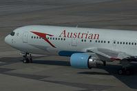 OE-LAW @ LOWW - Austrian AIrlines Boeing 767-300