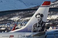 LN-NGG @ ENTC - 2012 Boeing 737-8JP(WL), c/n: 39018 bears a photo of  Gunnar Sonsteby on the tail