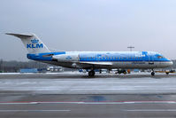 PH-KZA @ CGN - With snow - by Wolfgang Zilske