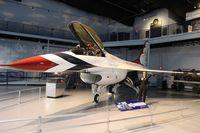 81-0676 @ WRB - Thunderbirds F-16A