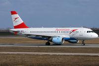 OE-LDG @ VIE - Austrian Airlines - by Chris Jilli