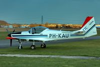 PH-KAU @ BREIGHTON - First time I have seen him at Breighton - by glider