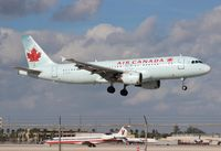 C-FGYS @ MIA - Air Canada A320