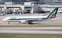 EI-EJJ @ MIA - Alitalia A330-200