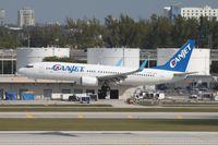 C-GDGT @ KFLL - Boeing 737-800