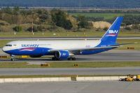 4K-SW880 @ VIE - Silkway Airways - by Chris Jilli