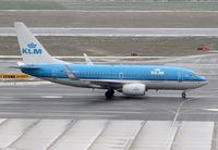 PH-BGR @ LOWW - KLM Boeing 737 - by Thomas Ranner
