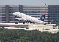 N128UW @ TPA - USAirways A320
