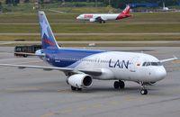 CC-CQN @ SBGR - LAN Colombia A320 in GRU - by FerryPNL
