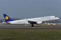 D-AECF @ LOWL - Lufthansa Embraer ERJ-190-100LR landing in LOWL/LNZ - by Janos Palvoelgyi