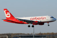 OE-LOE @ VIE - Air Berlin - by Chris Jilli