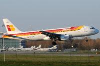 EC-LKG @ VIE - Iberia - by Chris Jilli