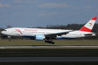 OE-LPD @ VIE - Austrian Airlines - by Chris Jilli