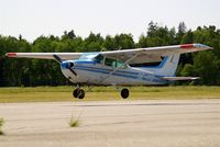SE-IYD @ ESKB - Cessna 172P Skyhawk [172-75052] Stockholm-Barkarby~SE 07/06/2008