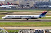 N960DL @ KATL - McDonnell Douglas DC-9-88 [49979] (Delta Air Lines) Atlanta-Hartsfield~N 11/04/2010
