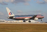 N343AN @ MIA - American 767-300