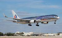 N395AN @ MIA - American One World 767-300