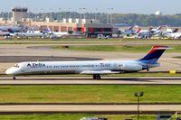 N979DL @ KATL - N979DL   McDonnell Douglas DC-9-88 [53266] (Delta Air Lines) Atlanta-Hartsfield~N 11/04/2010.