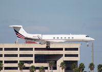 N507QS @ MIA - Net Jets Gulfstream V