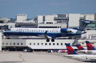 N518LR @ MIA - United Express CRJ-700