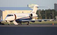 N522FX - Flex Jet Challenger 300