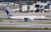 N534UA @ MIA - United 757-200