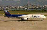 CC-CDP @ SBGL - LAN B763 taxiing in after arrival in GIG - by FerryPNL