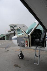 N208PC @ LOIH - Cessna 208