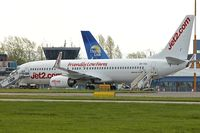 OK-TSA @ EGNX - 2001 Boeing 737-8S3, c/n: 29250/792 in Jet 2 colours at East Midlands (summer lease)
