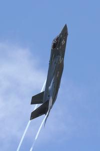 168721 @ NFW - US Marine Corps F-35B test flight at NASJRB Fort Worth - by Zane Adams