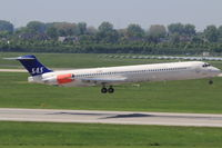 LN-RMM @ EDDL - SAS, Aircraft Name: Blenda Viking - by Air-Micha