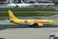 D-AHFI @ EDDF - TUIfly Boeing B737-8K5 Hanover 96 soccer club sticker taxi in EDDF/FRA - by Janos Palvoelgyi