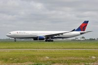 N817NW @ EHAM - DELTA Airbus - by Jan Lefers