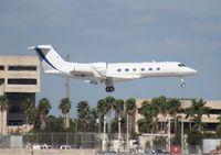 N767DT @ MIA - Gulfstream 450