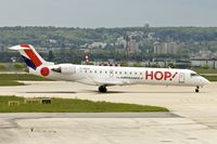 F-GRZO @ LFPG - 2007 Canadair CL-600-2C10 Regional Jet CRJ-700, c/n: 10265