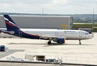 VP-BRX @ LFPG - 2007 Airbus A320-214, c/n: 3063