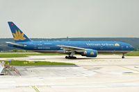 VN-A145 @ LFPG - Boeing 777-26K (ER), c/n: 33504