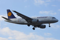 D-AILH @ EGLL - Lufthansa - by Chris Hall