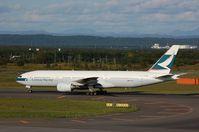 B-HNC @ RJCC - Cathay B772 in Sapporo - by FerryPNL