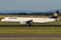 D-AISP @ VIE - Lufthansa - by Chris Jilli