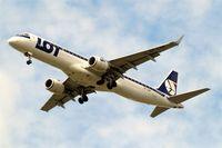 SP-LNB @ EGLL - Embraer Emb.195-200LR [19000444] (LOT Polish Airlines) Home~G 13/06/2013