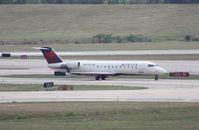 N8577D @ DTW - Delta Connection CRJ-200