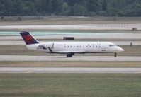 N8751D @ DTW - Delta Connection CRJ-200