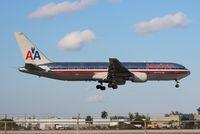 N39367 @ MIA - American 767-300