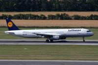 D-AIRP @ LOWW - Lufthansa Airbus A321 - by Thomas Ranner