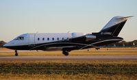 G-URRU @ ORL - Challenger 605 at NBAA