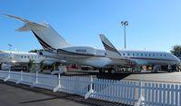 N160QS @ ORL - Net Jets Global 6000 at NBAA