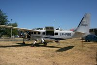 LN-PBO @ LFDN - Cessna 208B Grand Caravan Rochefort-St Agnant AB 721 (LFDN-RCO) - by Yves-Q