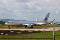 N381AN @ MDST - American Airlines flight 697 arriving from New York JFK.Boeing 767-300ER/W (N381AN) - by Luis Miguel Sánchez Santillán